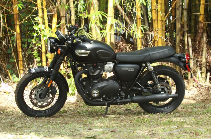 Blast From The Past Triumph Bonneville T100 Carsifu