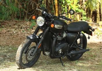 Triumph Bonneville T100 - 07