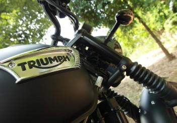 Triumph Bonneville T100 - 12