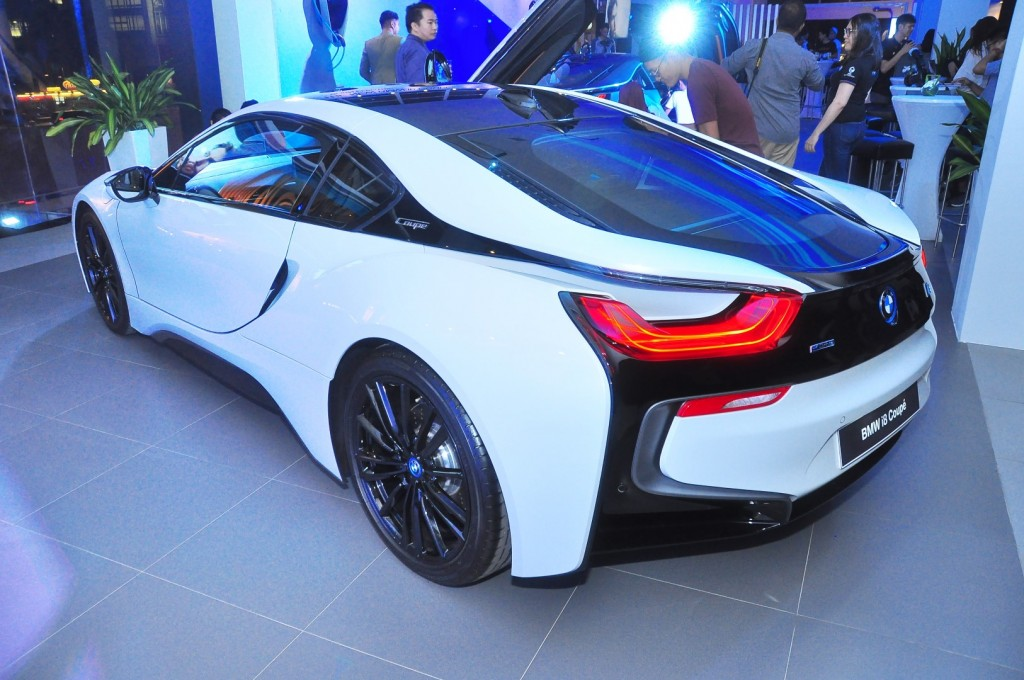 BMW i8 Coupe - 09
