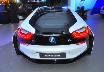 BMW i8 Coupe - 15