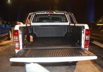 2019 Ford Ranger 2.2-litre XLT manual (10)
