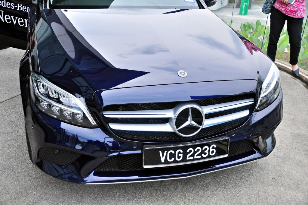Mercedes-Benz C 200 - 06