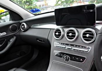 Mercedes-Benz C 200 - 12
