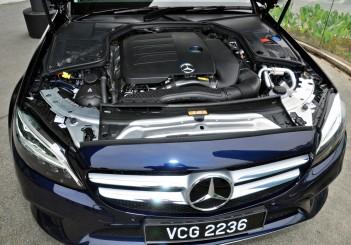Mercedes-Benz C 200 - 19