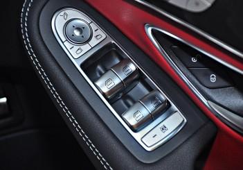 Mercedes-Benz C 300 - 38