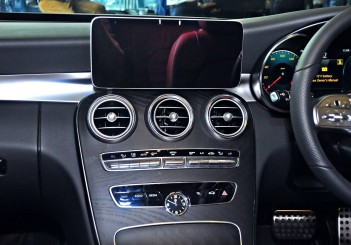 Mercedes-Benz C 300 - 53