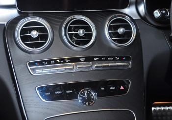Mercedes-Benz C 300 - 54