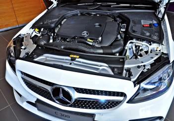 Mercedes-Benz C 300 - 65