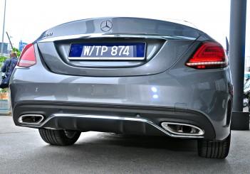 Mercedes-Benz C 300 - 70