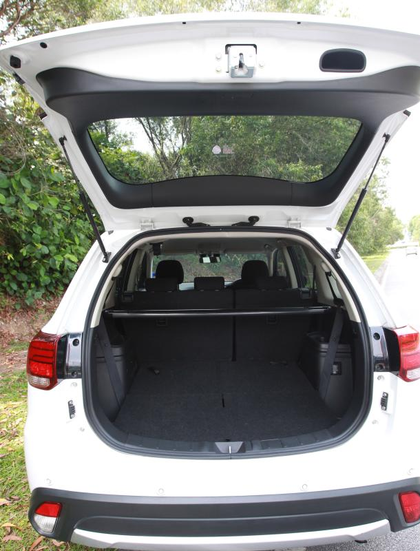 2018 Mitsubishi Outlander 2-litre CKD (15)