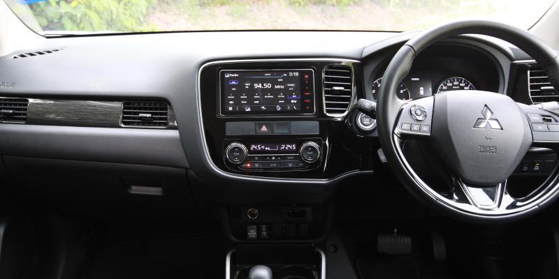 2018 Mitsubishi Outlander 2-litre CKD (16)