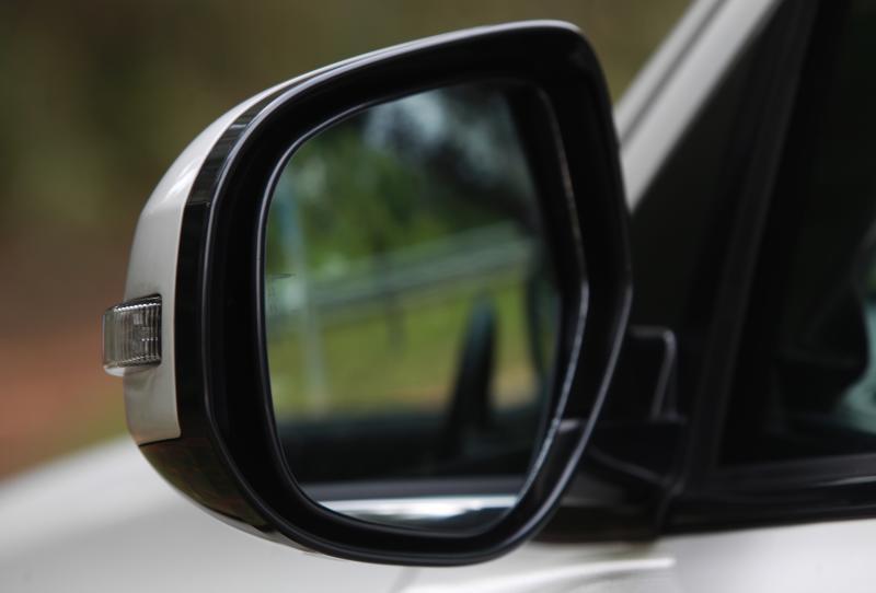 2018 Mitsubishi Outlander 2-litre CKD (4)