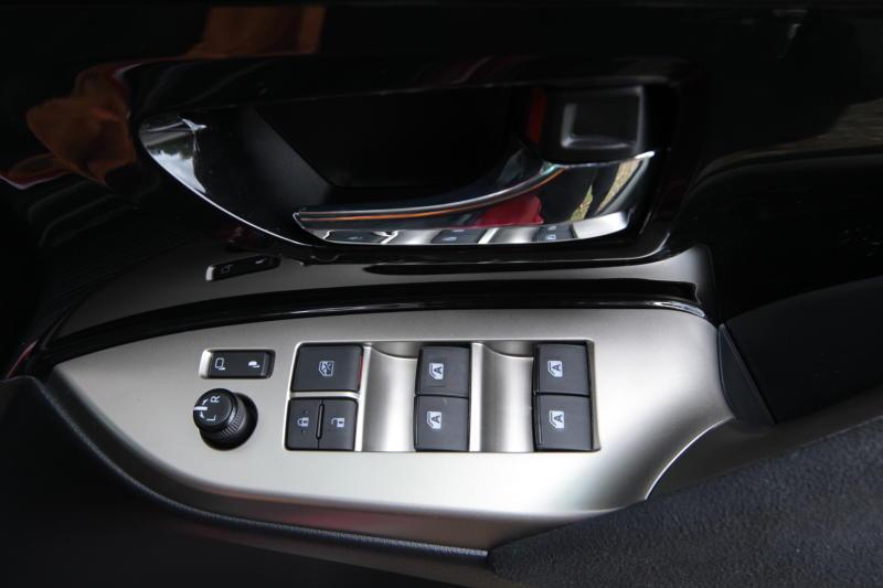 Toyota Innova 2-litre X (15)