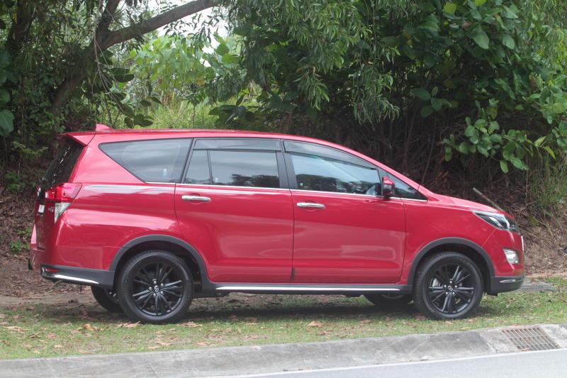 Toyota Innova 2-litre X (28)