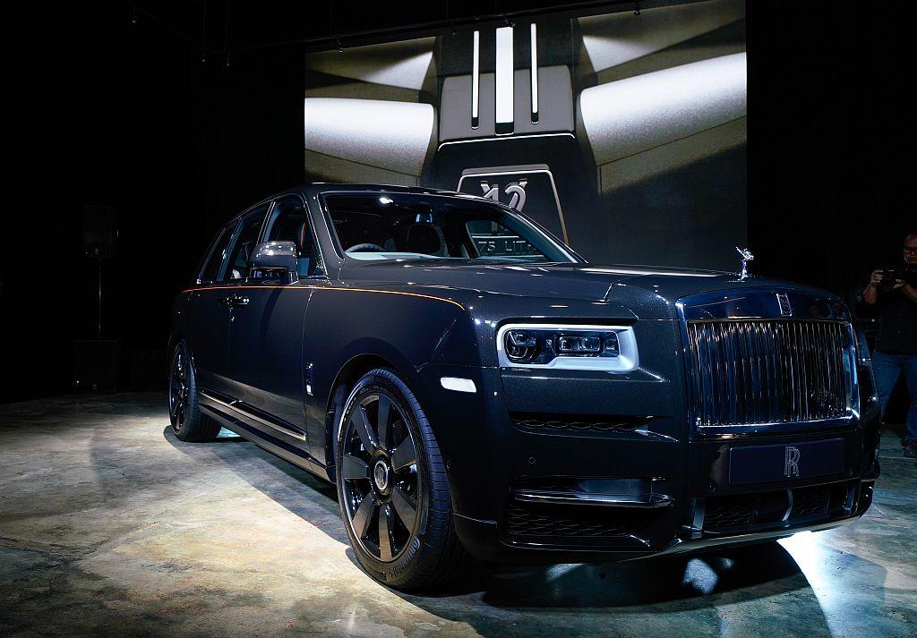 Rolls Royce Cullinan Suv Arrives Details Inside Carsifu