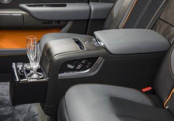 Rolls-Royce Cullinan_Jan_2019 (12)