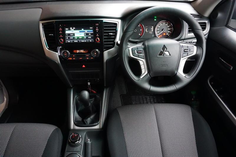 2019 Mitsubishi Triton (8)