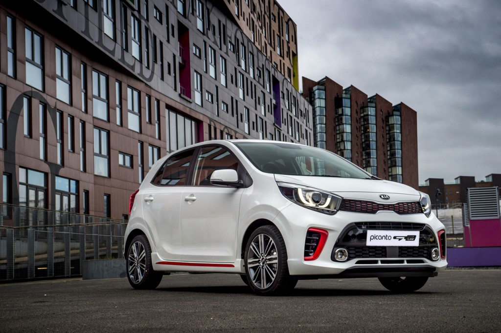 NAZA-KIA-MALAYSIA-INTRODUCES-SPORTY-GT-LINE-VARIANT-OF-PICANTO-1024x682