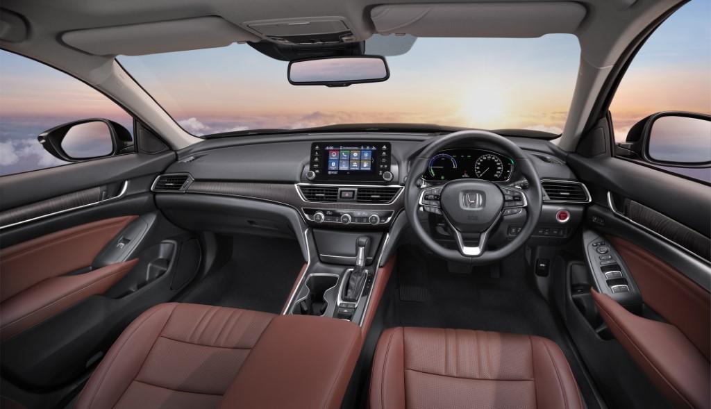 2020 Honda Accord (4)