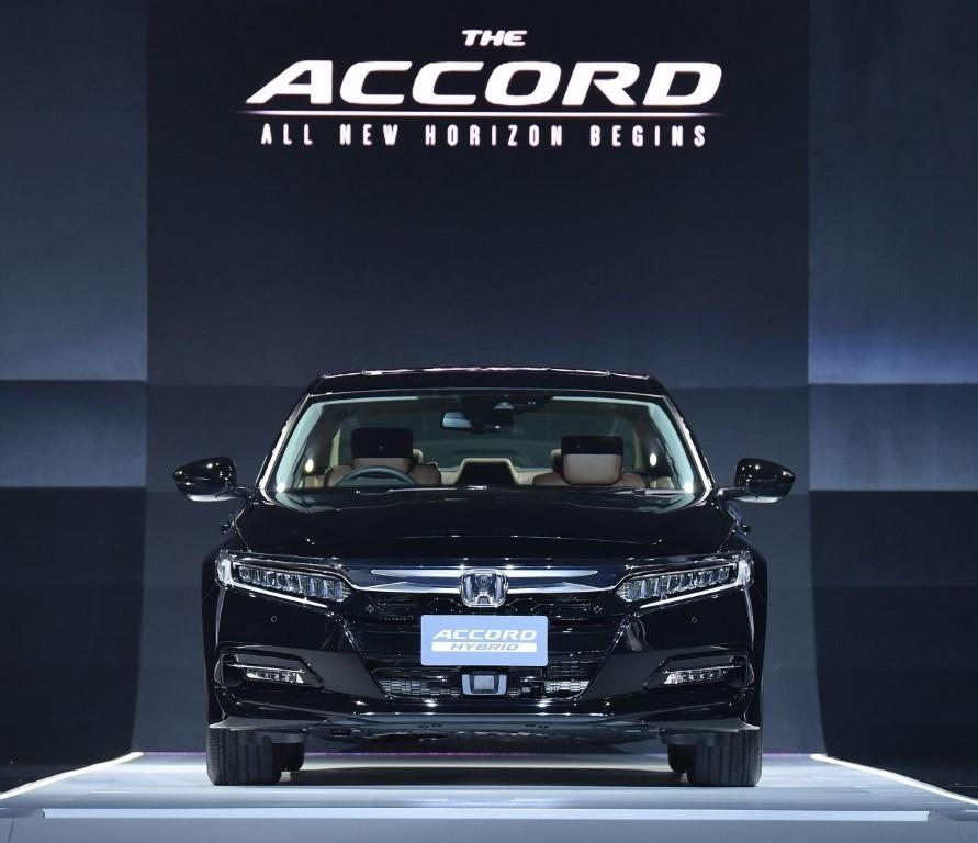 2020 Honda Accord (6)