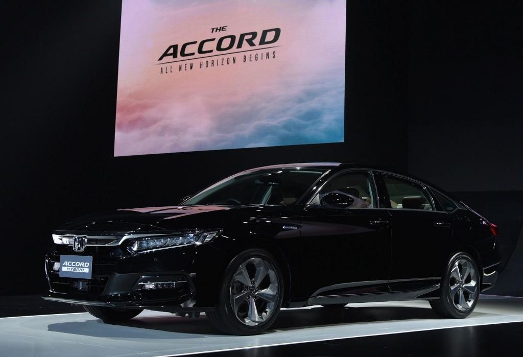 2020 Honda Accord (7)