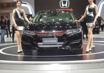 2020 Honda Accord in Bangkok  (28)