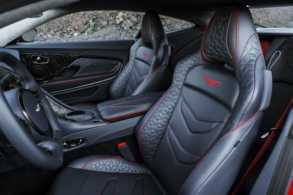 Aston Martin DBS Superleggera (1)