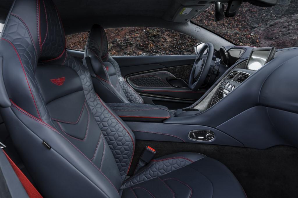 Aston Martin DBS Superleggera (8)