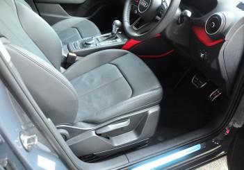 Audi Q2 - 18