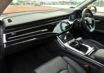 Audi Q8 - 25