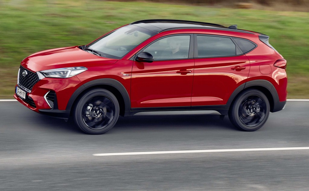 new hyundai tucson becomes first suv with n line treatment. Black Bedroom Furniture Sets. Home Design Ideas