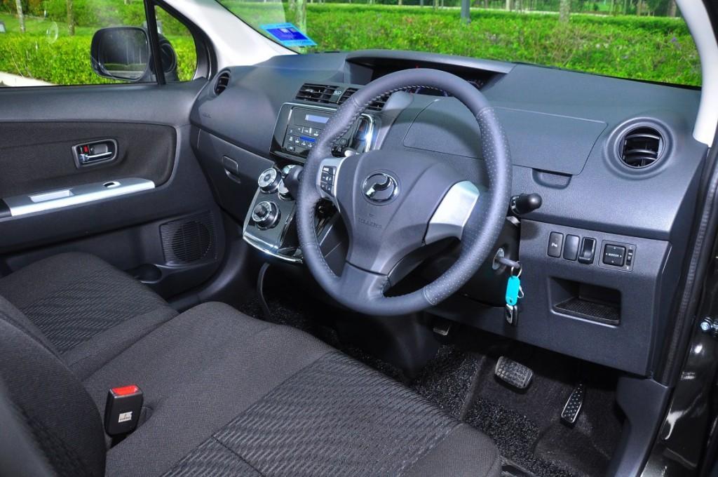 Perodua Alza SE 1.5 - 49 (Medium)