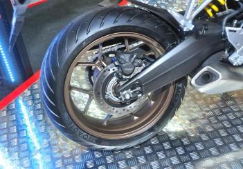 Honda CB650R - 15