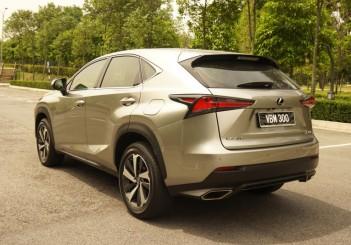 Lexus NX 300 Premium - 07