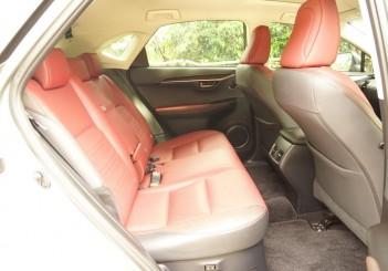 Lexus NX 300 Premium - 36