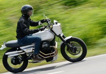Moto-Guzzi-V7-Stone-01