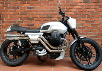 Moto Guzzi V7 Stone - 02