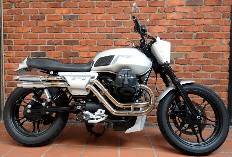 Carsifu Take A Ride On The Moto Guzzi V7 Iii Stone Carsifu