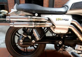 Moto Guzzi V7 Stone - 14