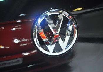VW Golf SV 1.4 - 11