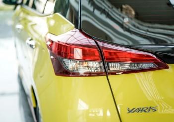 2019 Toyota Yaris (2)