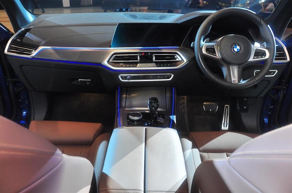 BMW X5 xDrive40i M Sport - 56