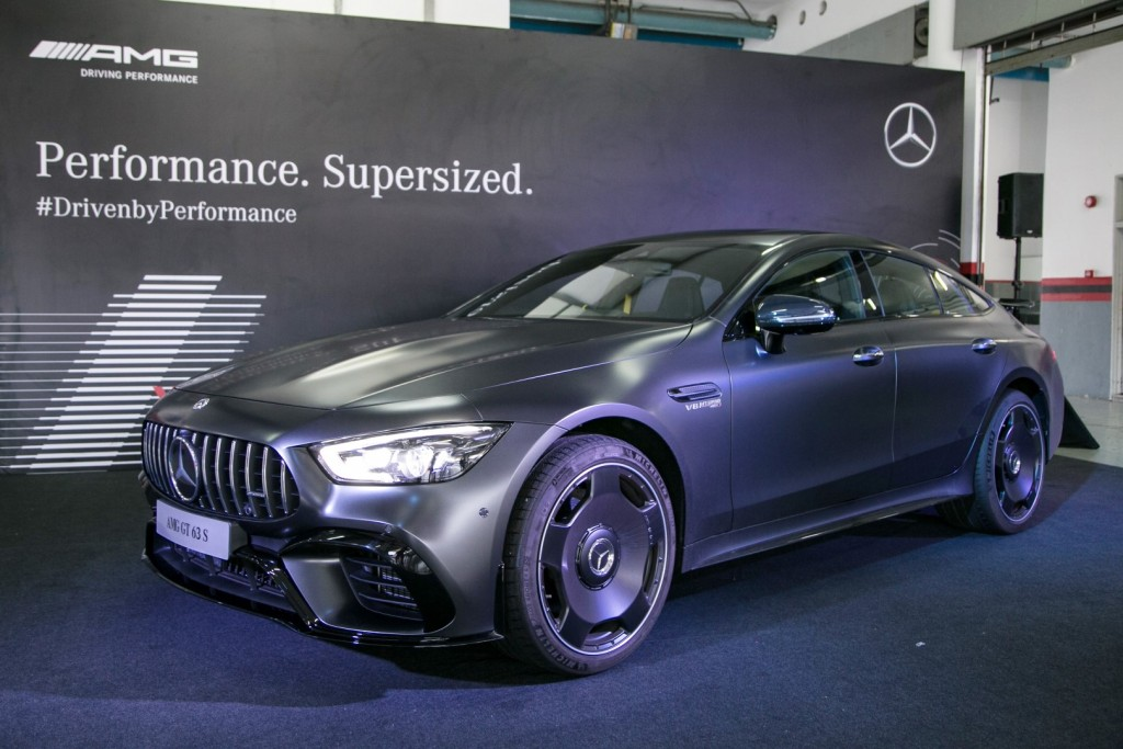 Mercedes-AMG GT 63 S 4MATIC+ - 01