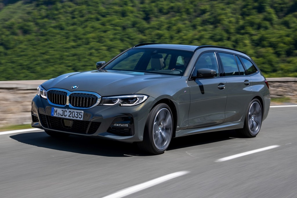 Meet Bmw S G21 3 Series Touring It S Bigger Lighter And All