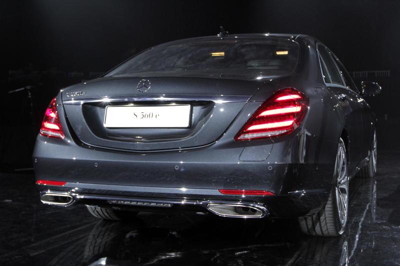Mercedes-Benz S 560 e - 34