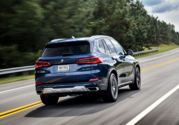 P90325485_highRes_the-new-bmw-x5-xdriv