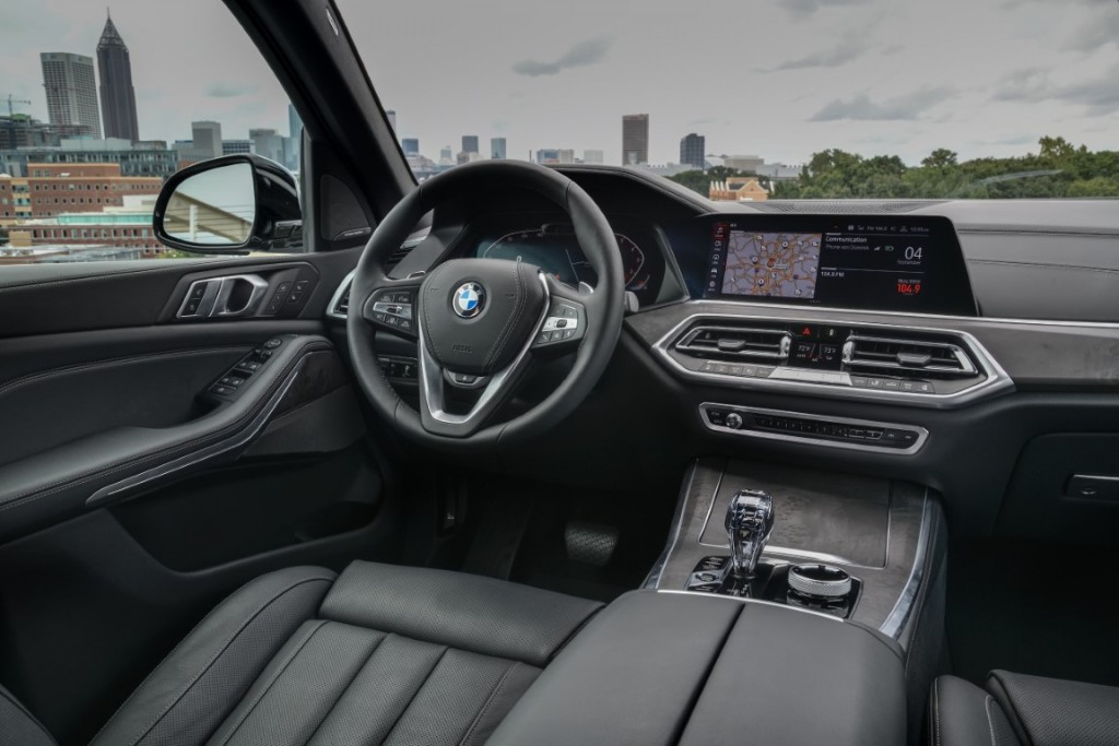 P90325524_highRes_the-new-bmw-x5-xdriv