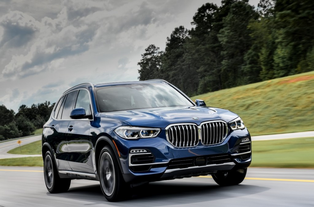 SPREAD1_P90325479_highRes_the-new-bmw-x5-xdriv