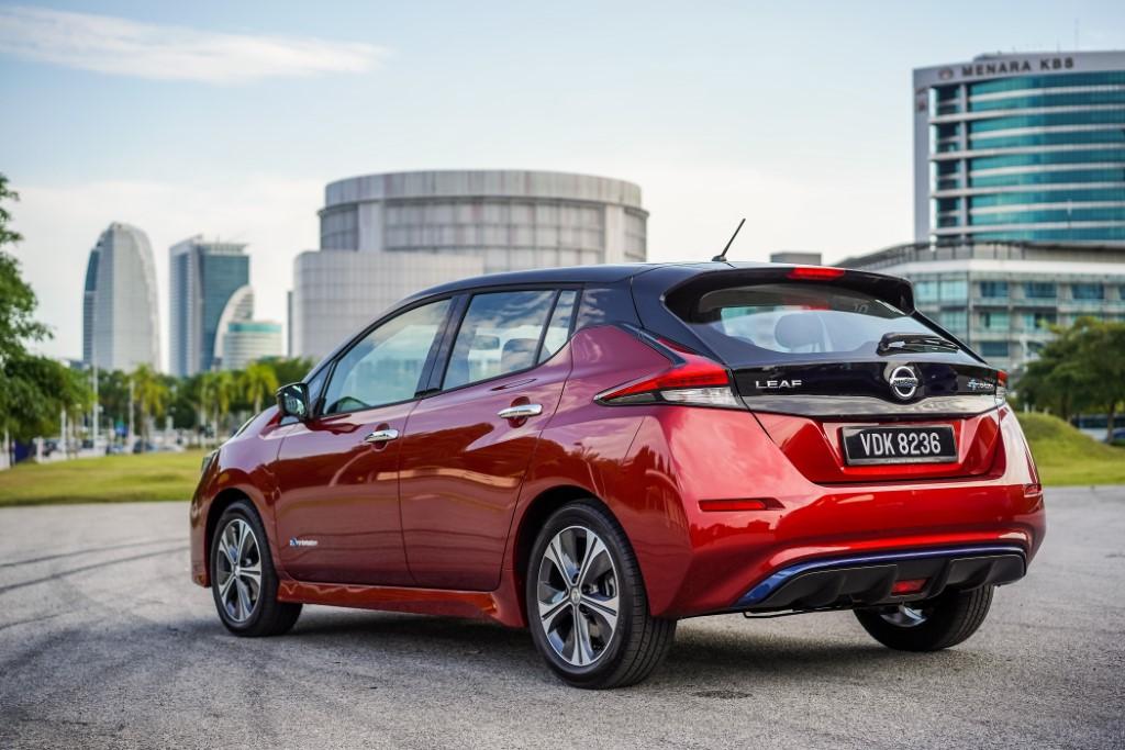 2019 Nissan Leaf (1)